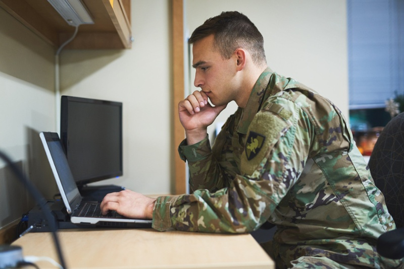 10 Reasons Military Veterans Should Consider Digital Marketing as Their Next Career